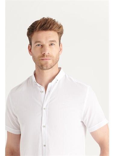 Avva Erkek Düz Düğmeli Yaka Slim Fit Kısa Kol Vual Gömlek A11B2210 Beyaz